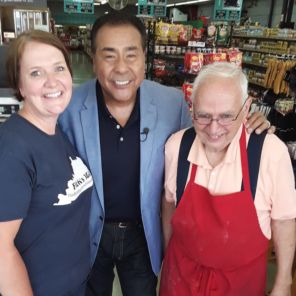 Leonard Fitch, his daughter Stephanie, and host John Quinones